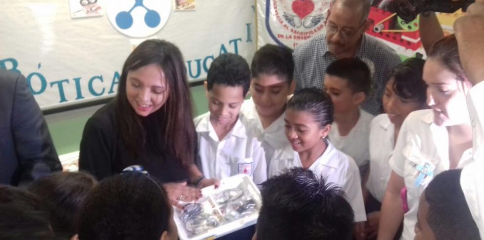 Sara Sotillo es la segunda escuela con robótica educativa