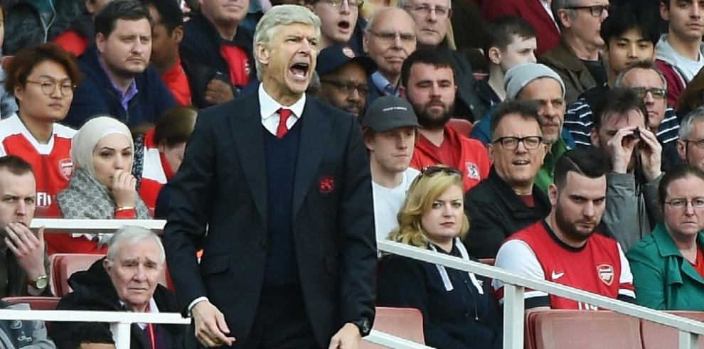 Wenger dice que Sánchez quiere seguir en el Arsenal