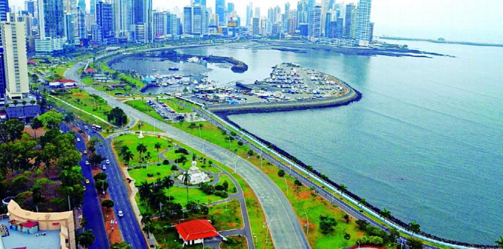 Deuda privada y pública de Panamá suma $80 mil millones