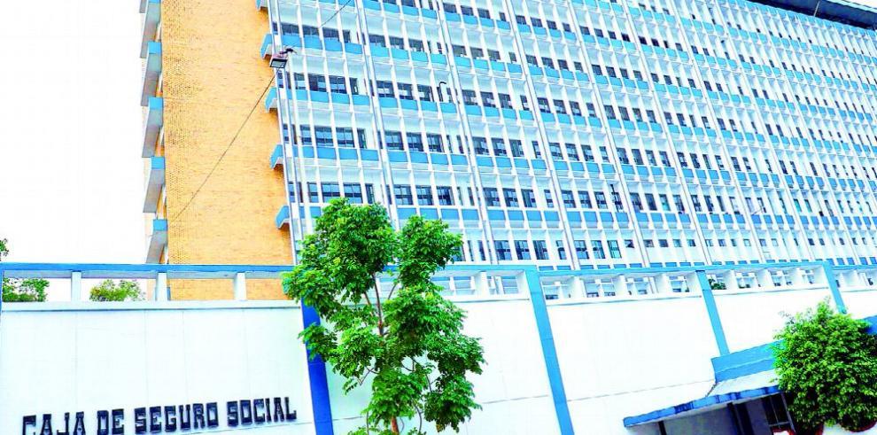 Fiscalía anticorrupción investiga asistencia de especialistas de la Caja de Seguro Social