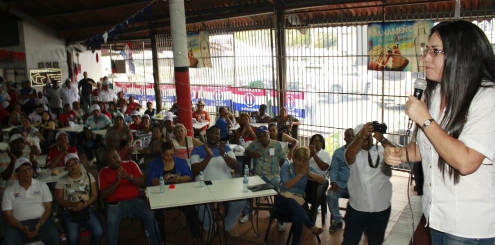 Zulay pide a fundadores del PRD que eviten que 'les arrebaten el triunfo'