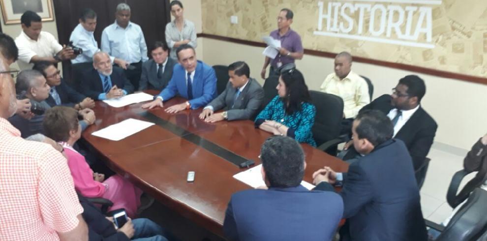 Facultad de Derecho de la UP llama a la 'defensa histórica de la dignidad nacional'