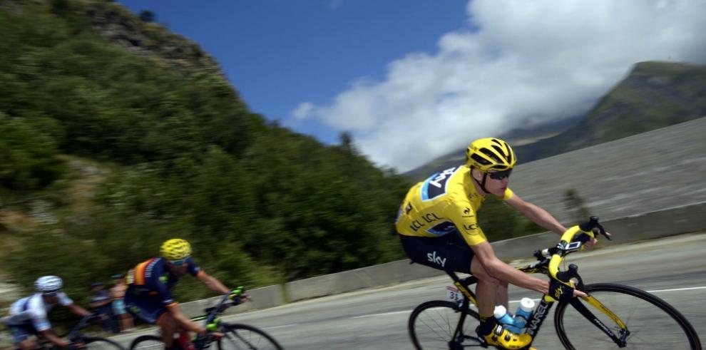 Más de 20 mil agentes garantizan seguridad en el Tour de Francia