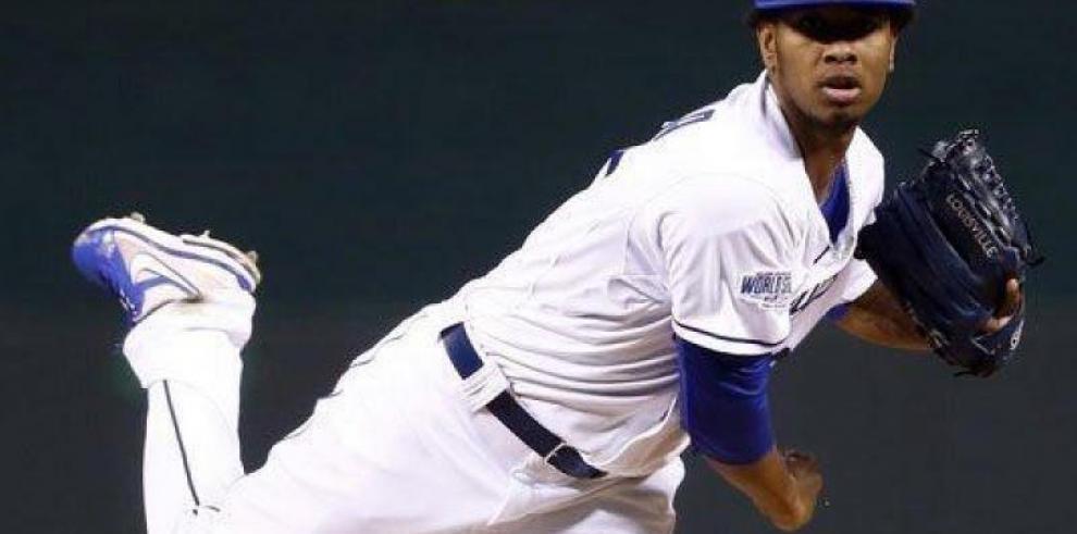 Presidente dominicano lamenta muerte de beisbolistas