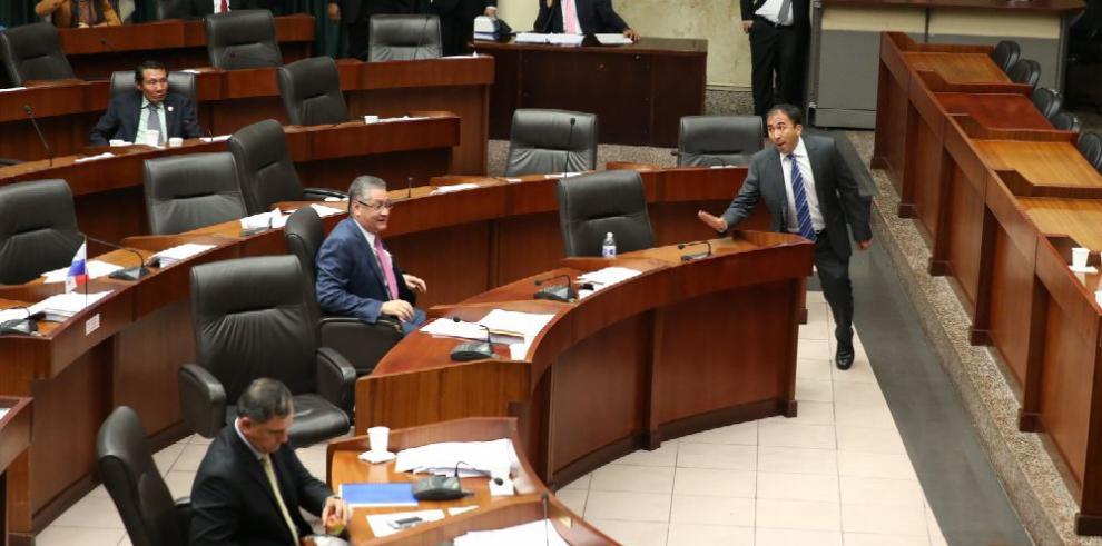 PRD elige el martes su candidato para presidir la Asamblea