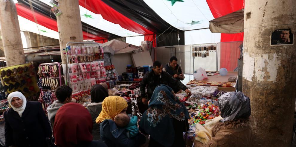 Diez muertos en un bombardeo de la fuerza aérea en el noroeste de Siria