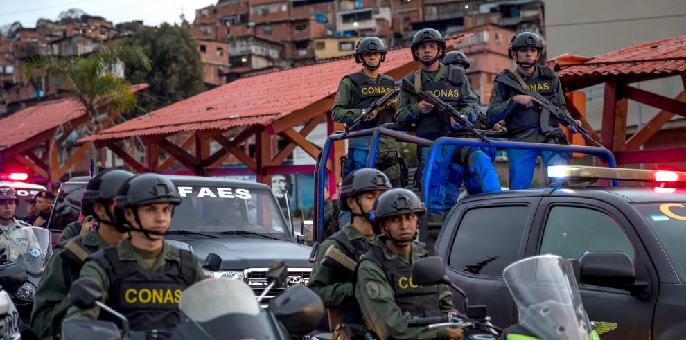 Guardia bolivariana mata a mujer embarazada durante un reparto de comida