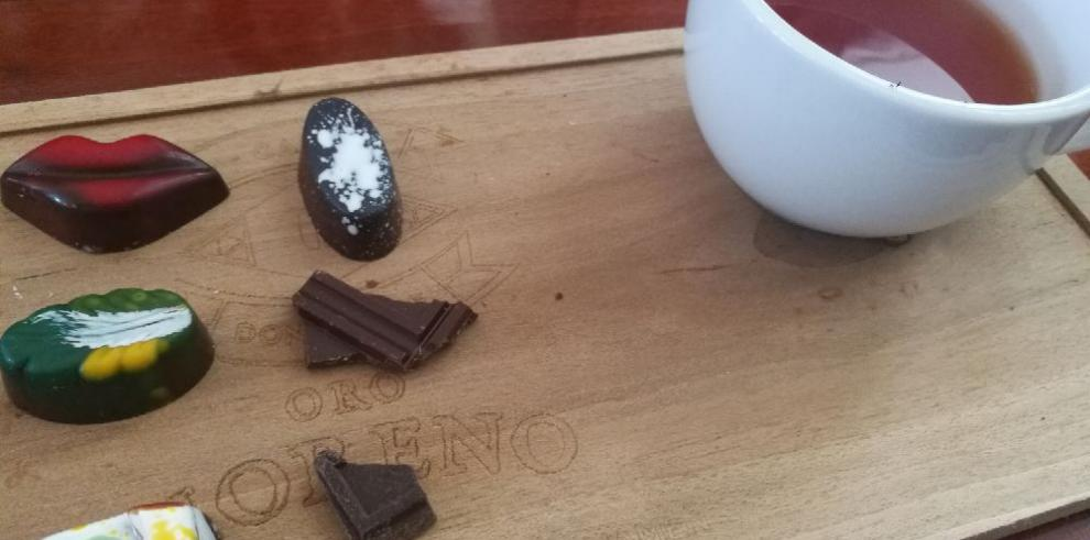 Chocolate panameño 'from tree to bar