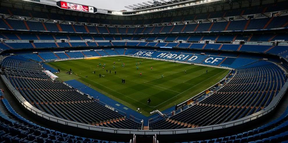 El Real Madrid cierra 2017 con una sesión en el Bernabéu Madrid