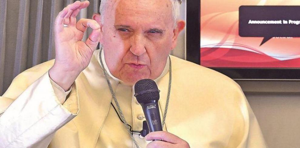 El papa critica las guerras y las ofensas a la vida que causan degradación
