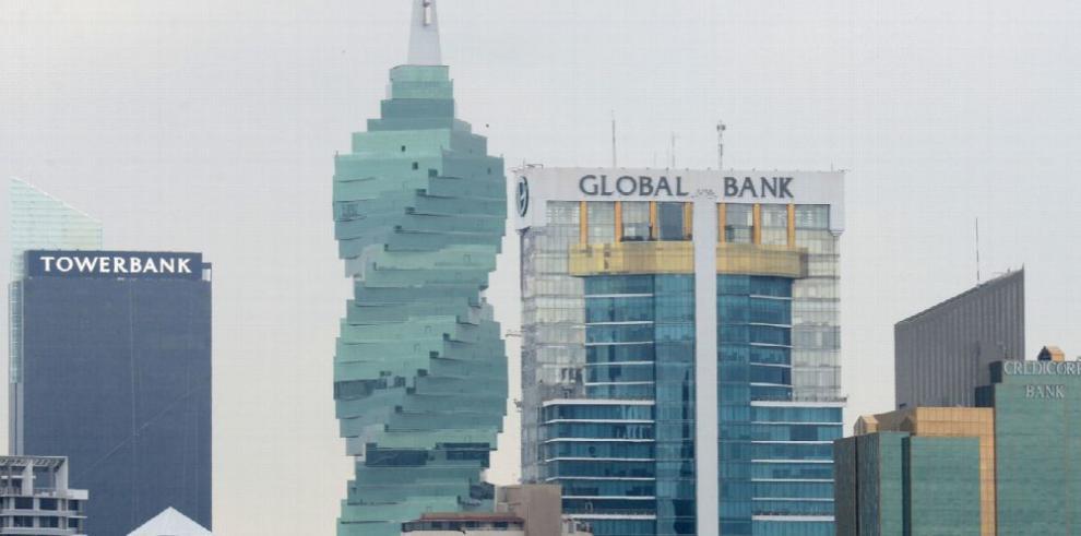 'Calificación de bancos de Panamá puede bajar en 2017 '