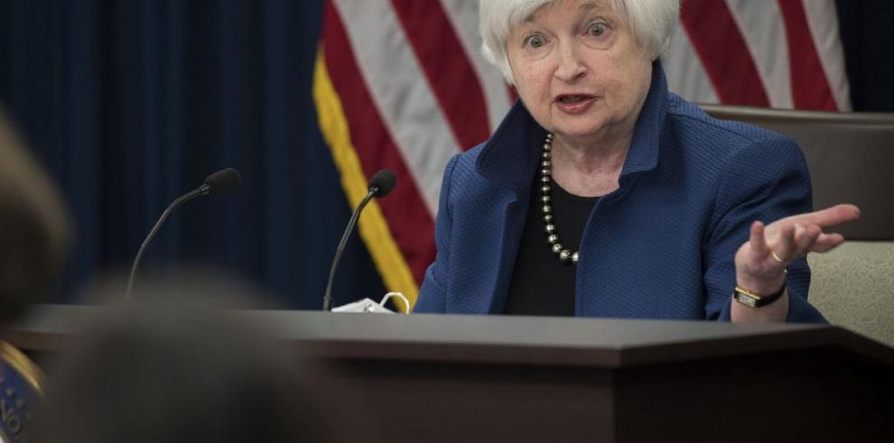 Fed sube tasas de interés por tercera ocasión