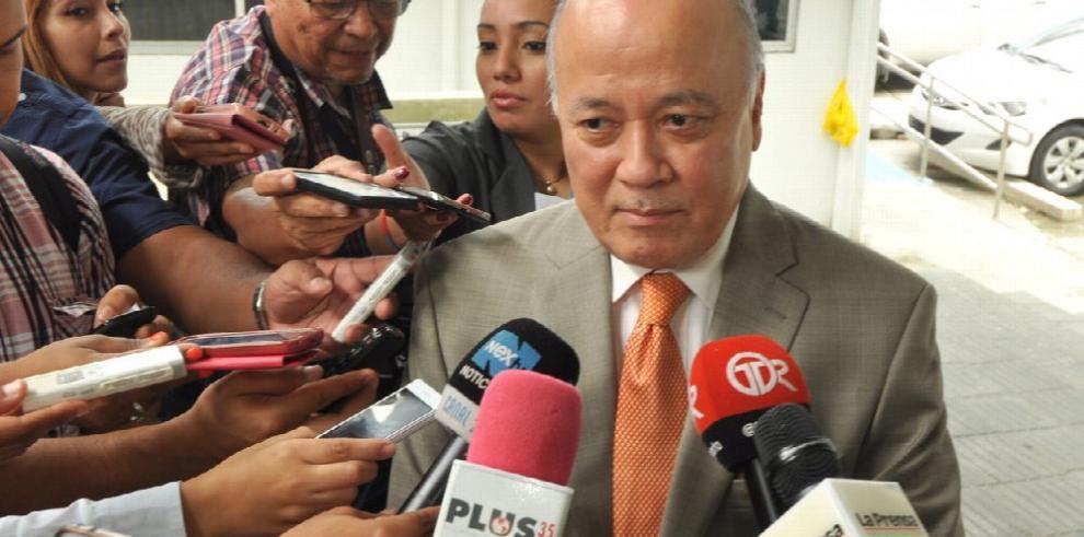 Jubilados presentan denuncia en Defensoría