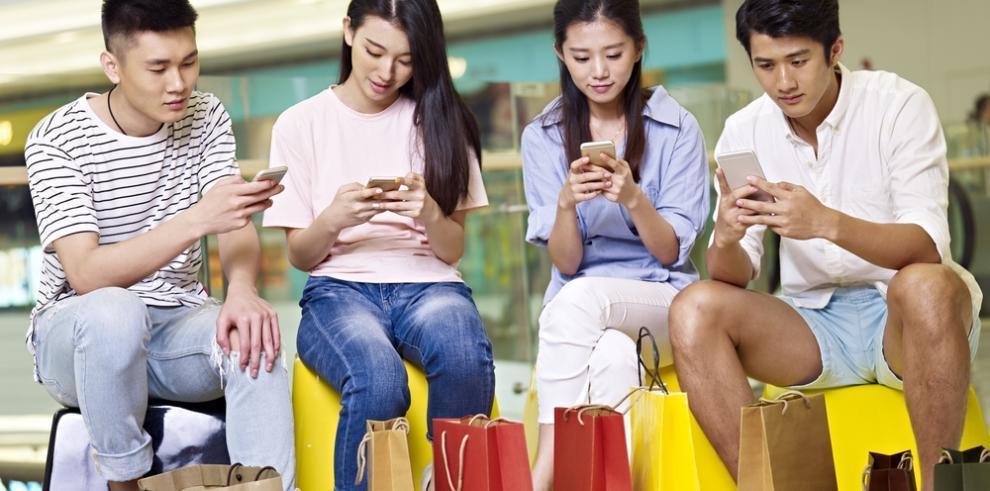 Residentes de Taiwán dedican más tiempo a dispositivos móviles