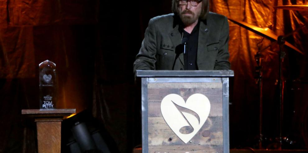 Confirman muerte de Tom Petty