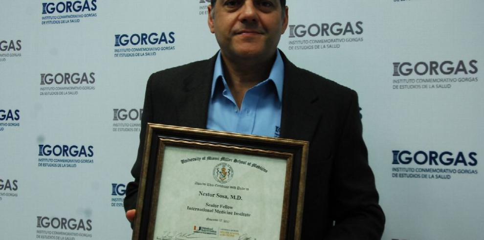 Científico panameño es galardonado en Miami