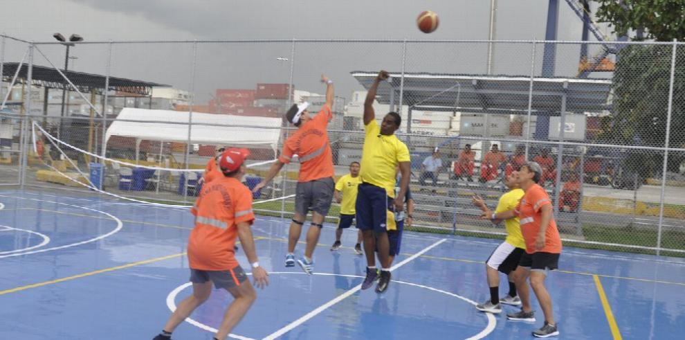 PPC inaugura cancha deportiva