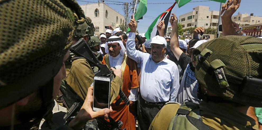Israel prohíbe a los palestinos salir de Gaza con computadoras