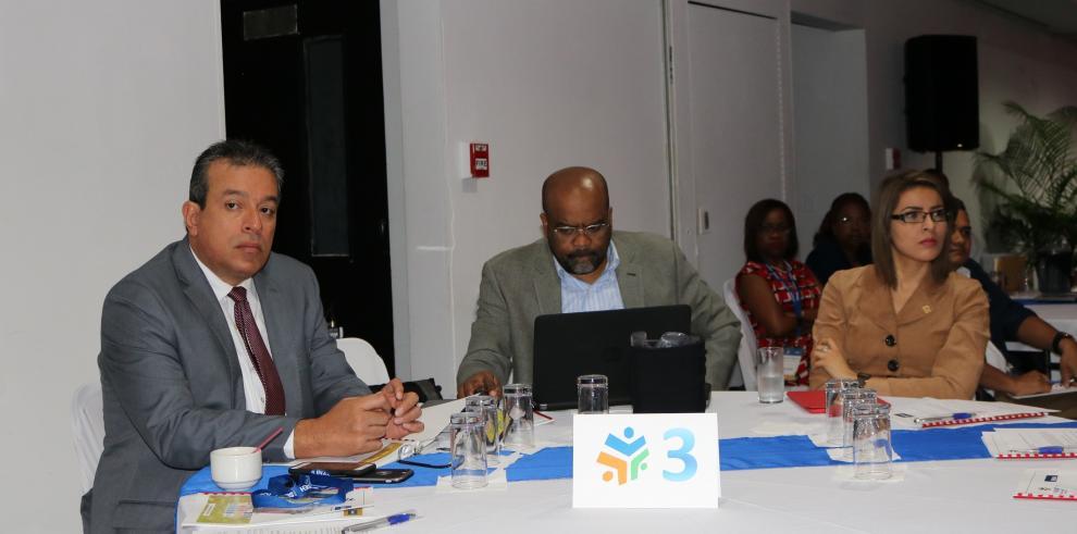 Inadeh instala centro que definirá las carreras técnicas que requiere el país