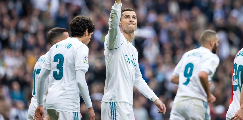 El Real Madrid aterriza en Abu Dabi tras siete horas de vuelo