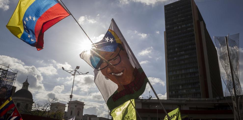 Patronal y líderes estudiantiles llaman a votar en municipales venezolanas