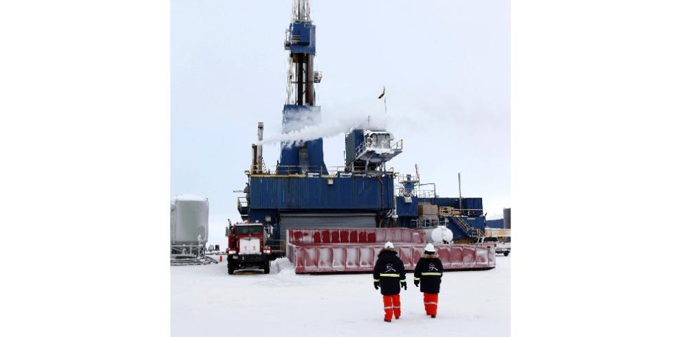 Nuevos pozos en Alaska son el mayor hallazgo de crudo en EEUU en 30 años