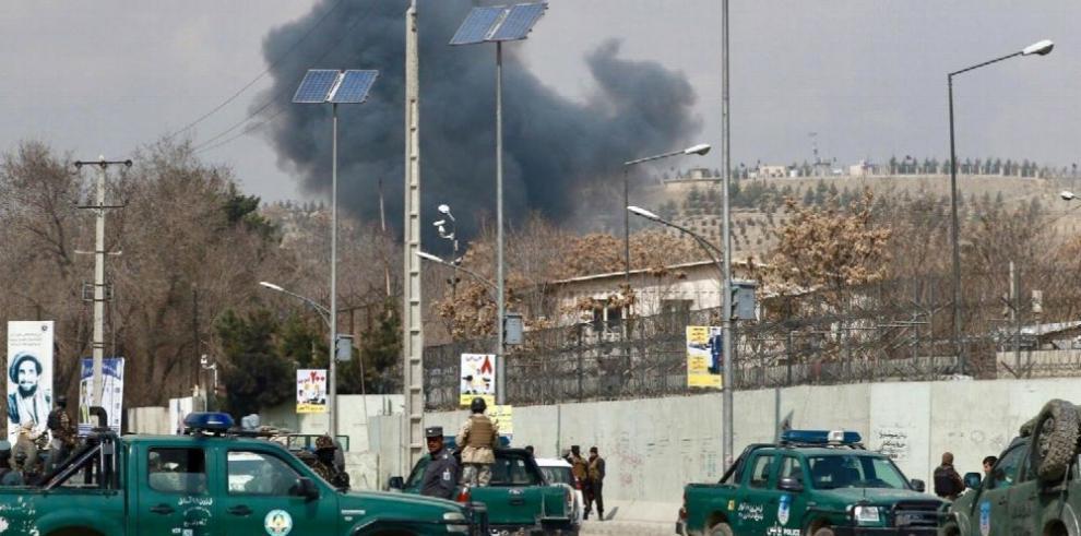 Estado Islámico bombardea hospital en Kabul