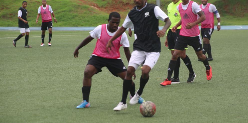 Liga Gubernamental de fútbol comienza nueva temporada