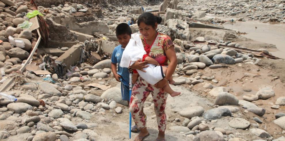 Suben a 90 los fallecidos y damnificados a 120.899 por inundaciones en Perú