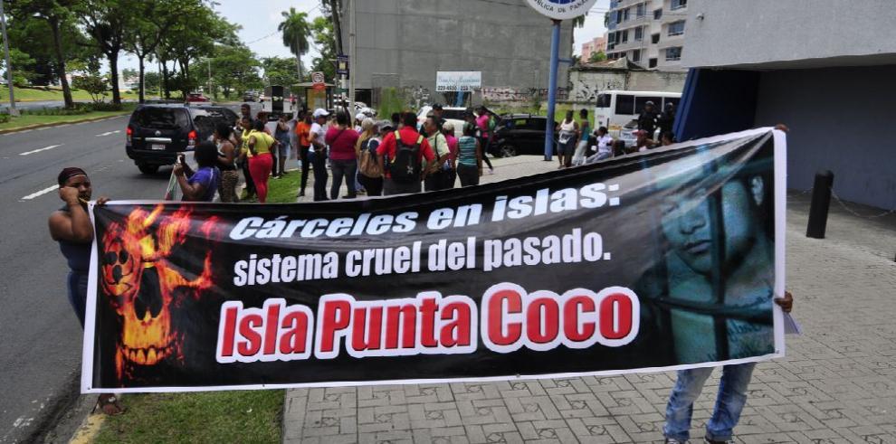 Comisión de DDHH pide traslado para reos de centro en Punta Coco