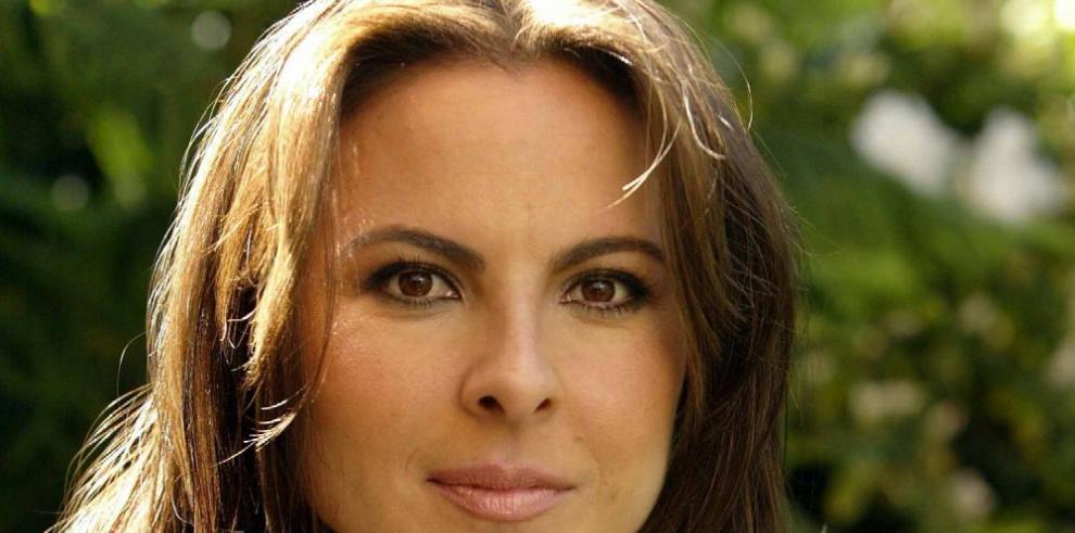 Kate del Castillo protagoniza campaña contra los malos tratos