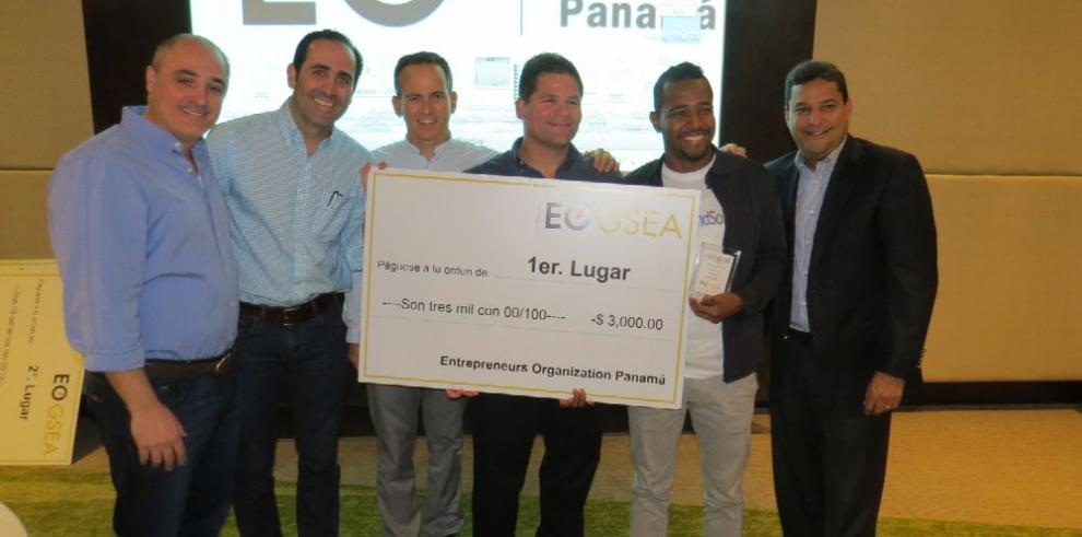 Estudiante emprendedor panameño