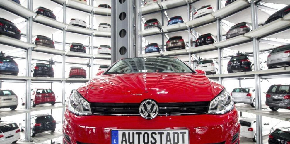 Volkswagen destrona a Toyota en ventas