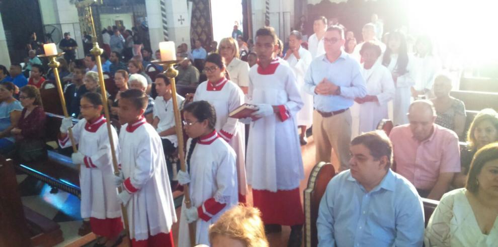 Devotos de Don Bosco le rinden honores en su día