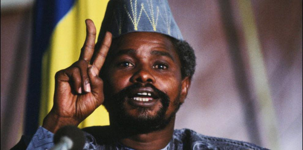 Condenan a Habré a cadena perpetua por crímenes de lesa humanidad