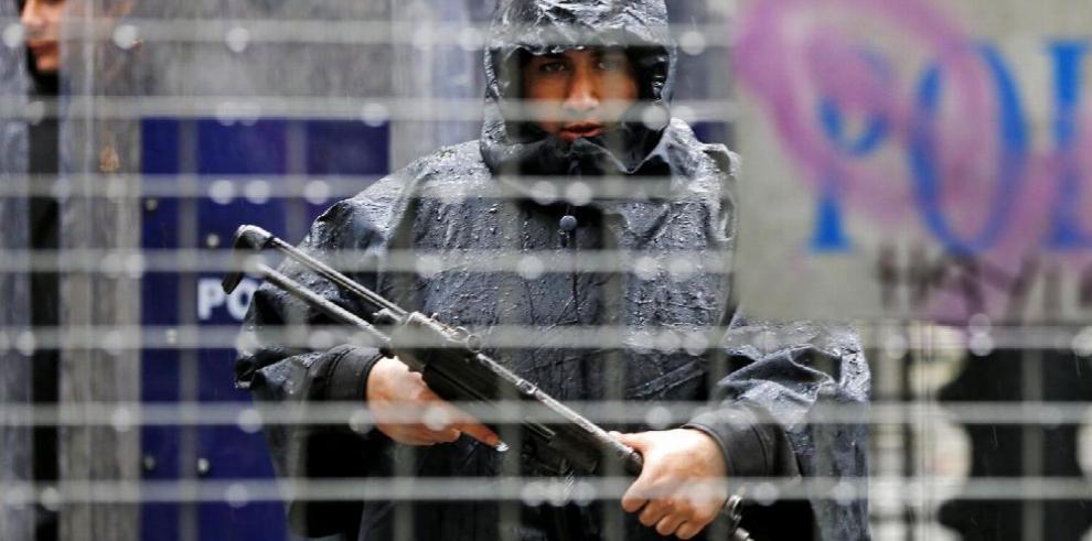 Turquía detiene a mil seguidores del islamista Gülen