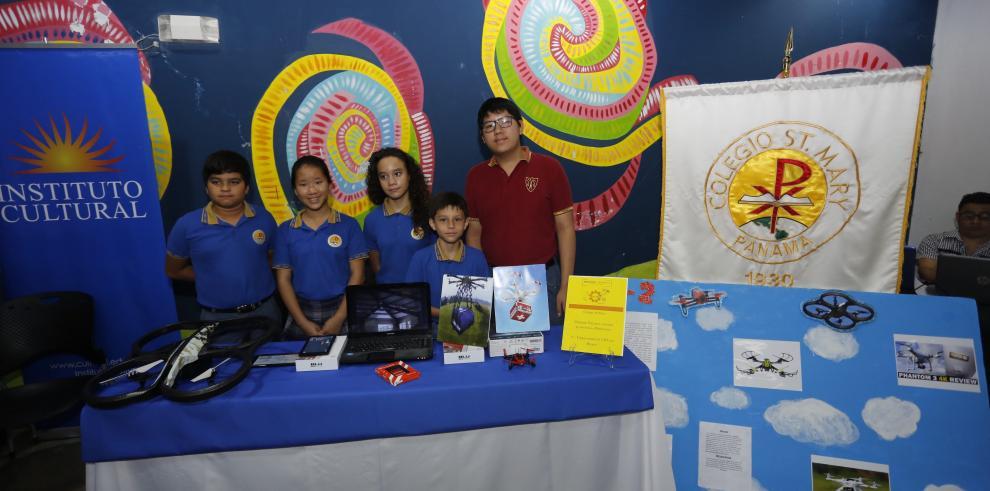 Presentan resultados del Proyecto Andrómeda en cuatro colegios