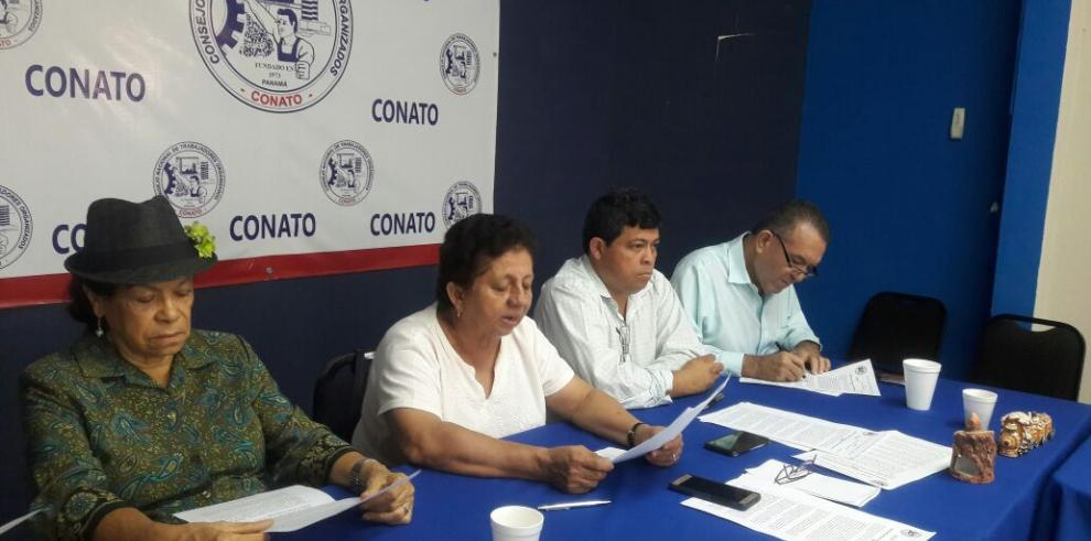 "Varela ha sido ""genuflexo"" ante Estados Unidos por tema GESE, Conato"
