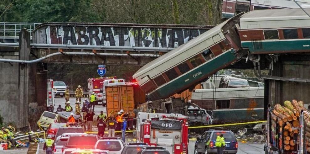 Tren siniestrado en EEUU circulaba mucho más rápido de lo permitido