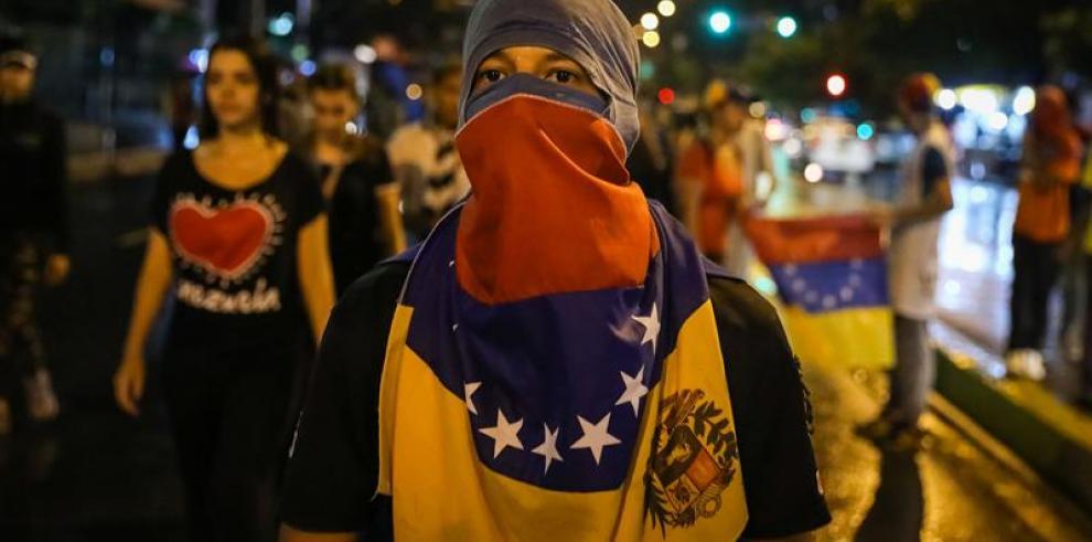 España registró 71 iniciativas contra Venezuela, critica embajador venezolano