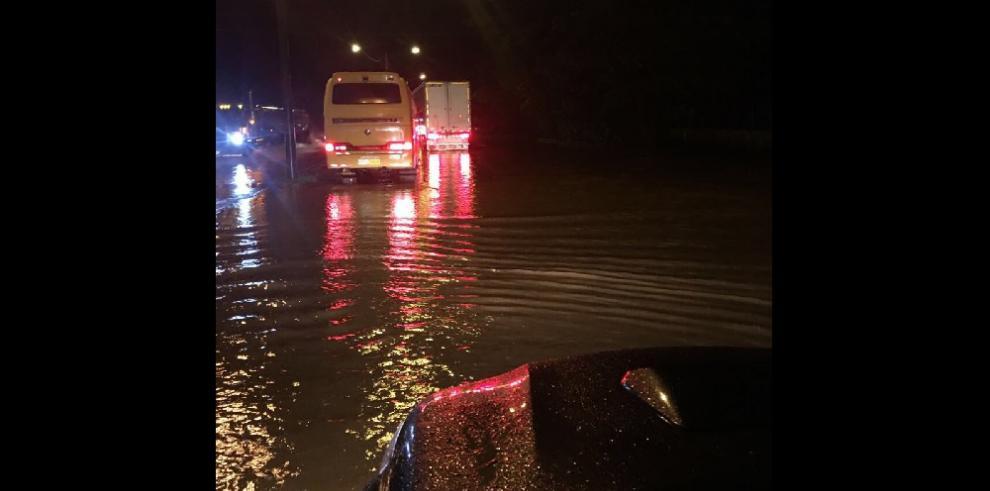 Río Chico y río Chame se desbordan por mal tiempo