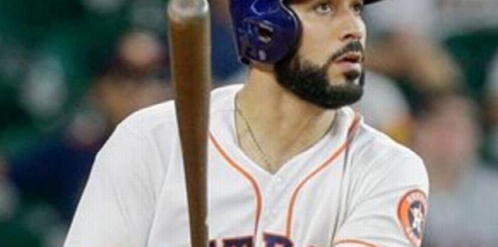 Marwin González evitó arbitraje con los Astros
