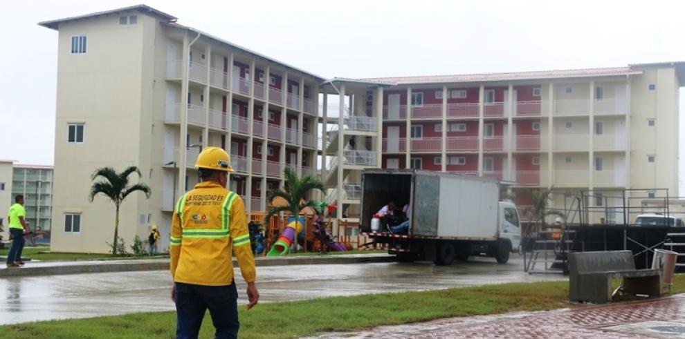 Más de 42 familias ya ocupan los apartamentos del proyecto Renovación de Colón