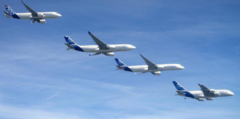 Airbus superó a Boeing en entrega de aviones