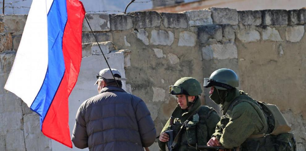 Rusia despliega misiles en Crimea