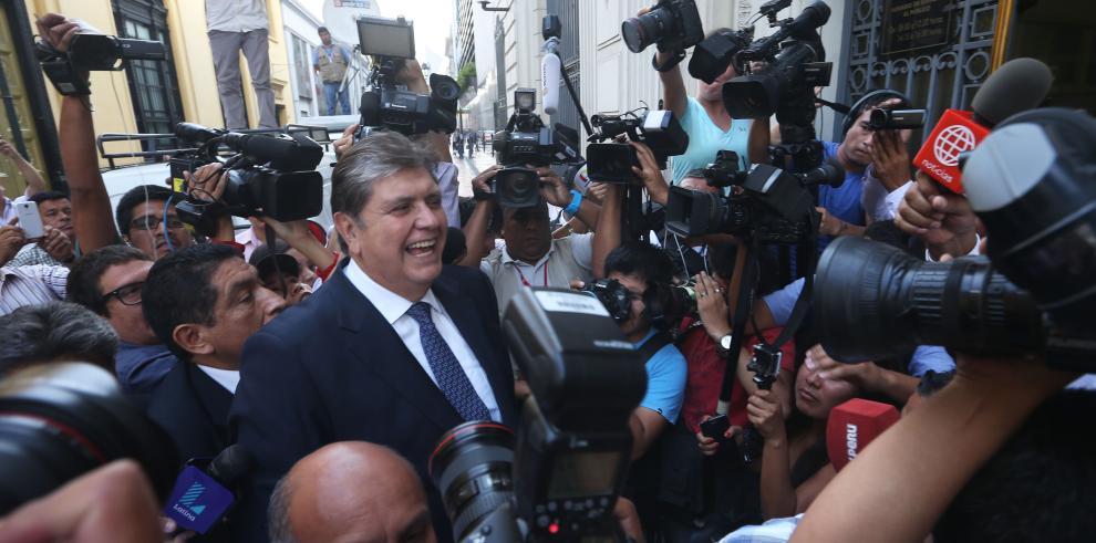 Alan García acude a fiscalía