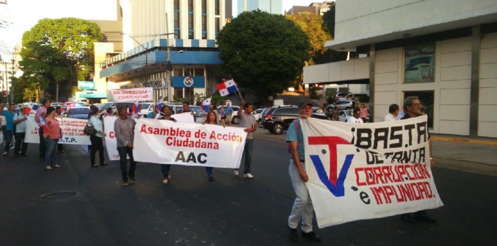 Panameños piden cárcel para los corruptos