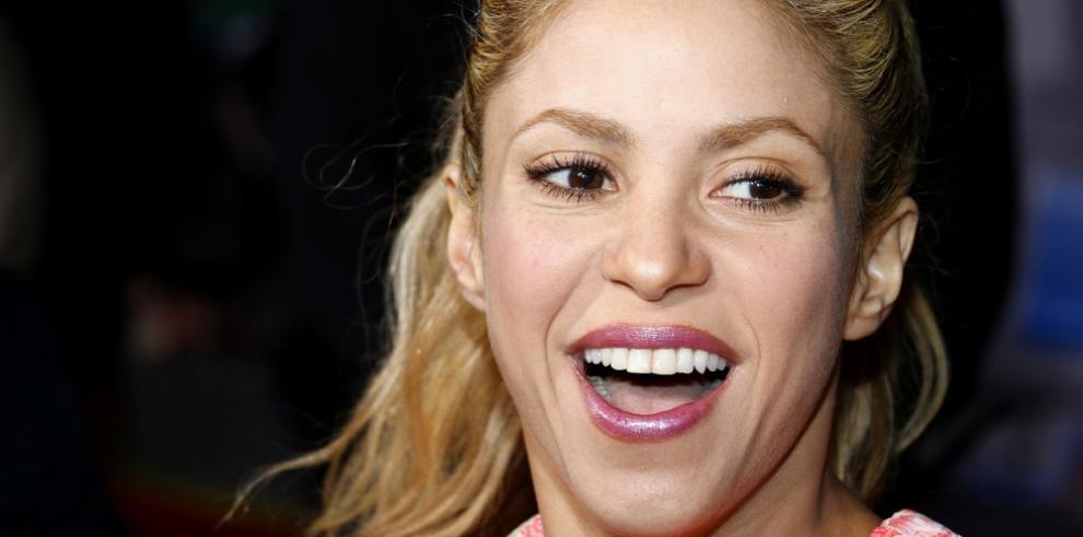 Shakira se centra en sus éxitos e ignora los rumores sobre su vida personal