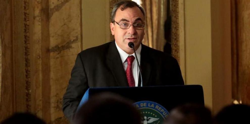 Varela destina $17 mil para gastos médicos de jefe de Consejo de Seguridad