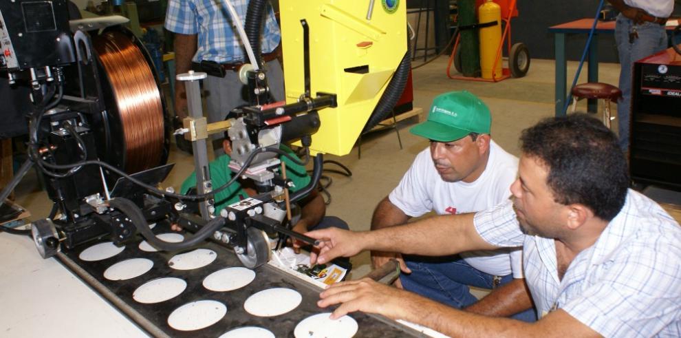 Inadeh invierte $1 millón en adecuar cinco de sus centros